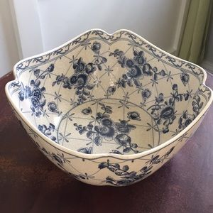Other - Delft blue and cream ceramic serving bowl